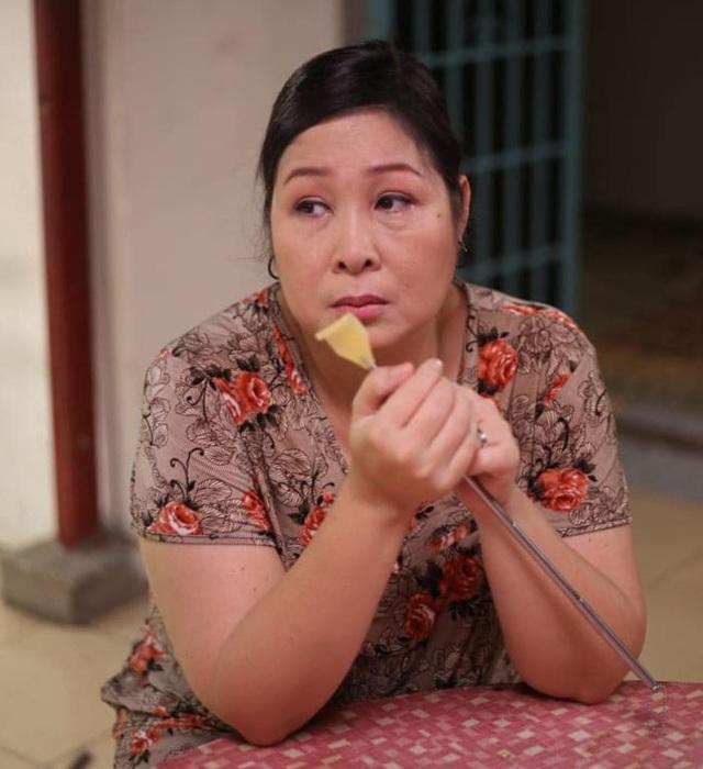 NSND Hồng Vân: Tôi không bao giờ chửi khán giả như thông tin bị quy chụp